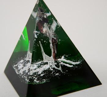 Pyramidové těžítko